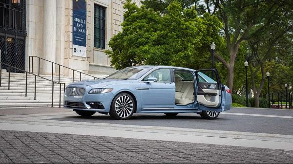 بیهمتا در جهان؛ بازگشت خودروی لینکولن Coach Door Edition +تصاویر