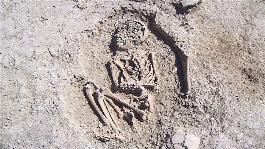 کشف اسکلت ۵۷۰۰ ساله یک کودک در ترکیه