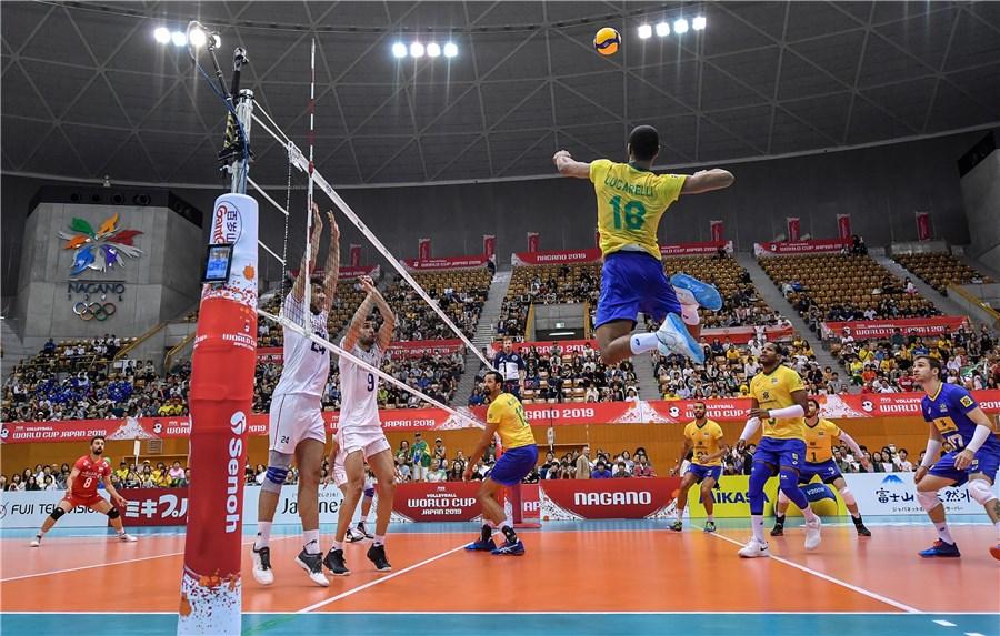 تیم ملی والیبال ایران - برزیل / گزارش لحظه به لحظه