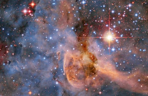 ثبت تصویر ستارههای دوقلو در کیهان +تصویر