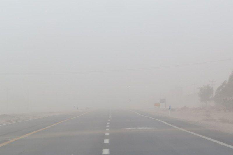طوفان شن و خاک در شرق کرمان