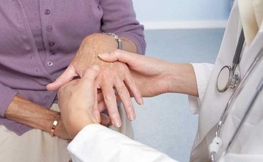 درمان بیماریهای مفصلی با طب سنتی