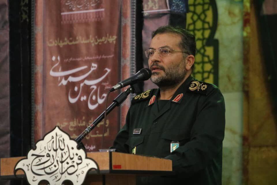 پیروزی انقلاب اسلامی راه نجات مردم از دست استکبار بود