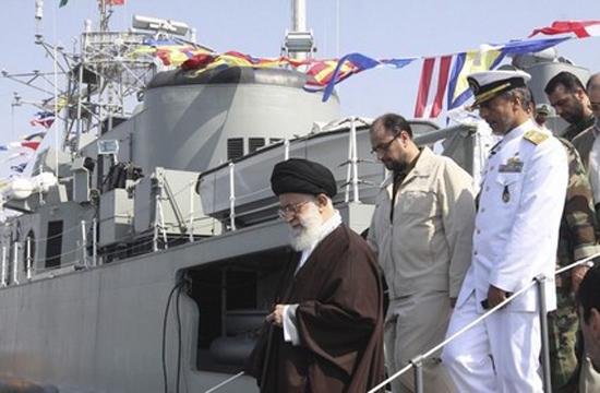 ناوشکن جماران؛ غول ایرانی در آبهای بینالمللی/ ترس ناو آمریکایی از ناوشکن ایرانی