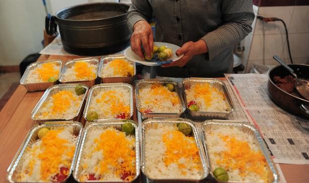 چه طور میتوانیم تهیه غذای خانگی راه اندازی کنیم؟ / شغلی برای زنان خانه دار