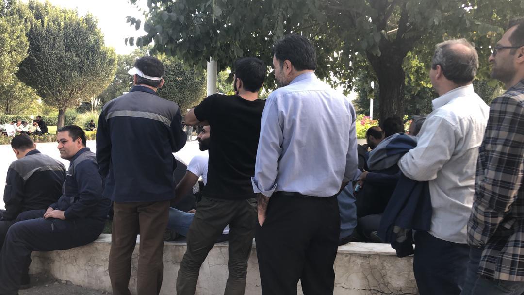 تعیین تکلیف مدیریت و سهامدارو پرداخت حقوق خواسته کارگران آذرآب