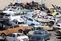 خودروسازان و موتورسیکلتسازان زیر بار اجرای مصوبهها و قوانین وضع شده نمیروند
