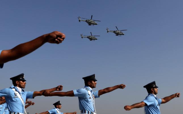تصاویر روز: از رزمایش نظامی سربازان ارتش هند تا اعتراض به تغییرات آب و هوایی در انگلیس