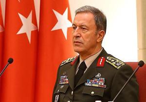 وزیر دفاع ترکیه: انتقال نیرو و تجهیزات در مرز سوریه ادامه دارد