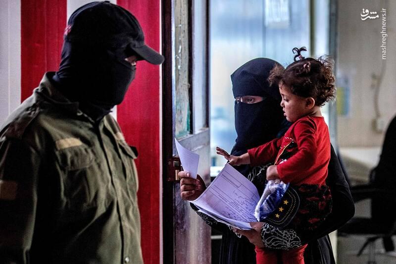 خطر فرار هزاران زندانی داعش با حمله ترکیه به شمال سوریه / آیا کمپ آوارگان «الهول» به سرنوشت زندان بوکا دچار میشود؟ +تصاویر