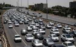 ترافیک نیمه سنگین در برخی از محورهای مواصلاتی استان زنجان/وقوع ۴ فقره تصادف در جادههای استان