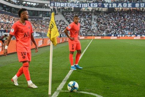 نیمار: دیگر به بارسا فکر نمیکنم/ مسی قهرمان داستان در بارسلونا است