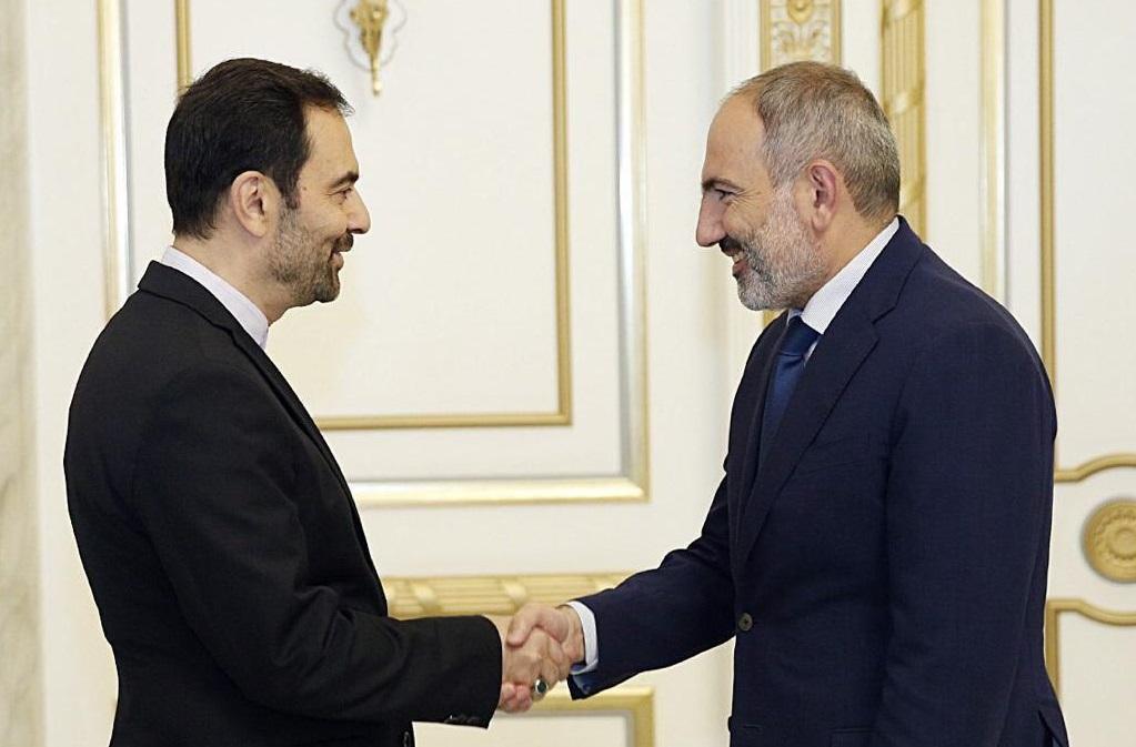 باشگاه خبرنگاران -تاکید سفیر ایران در ارمنستان بر پیگیری تفاهمات انجام شده در سفیر اخیر آقای روحانی به این کشور