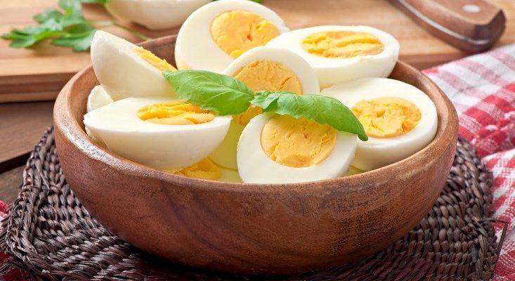 خواصی بی نظیر از تخم مرغ که کمتر به گوشتان خورده است / میزان مصرف مجاز هفتگی تخم مرغ برای بیماران قلبی و عروقی