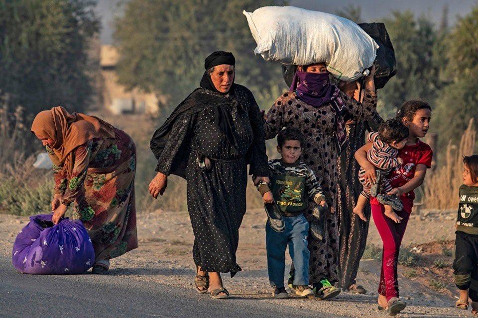 آوارگی ۶۰ هزار نفر در پی عملیات نظامی ترکیه در شمال شرق سوریه