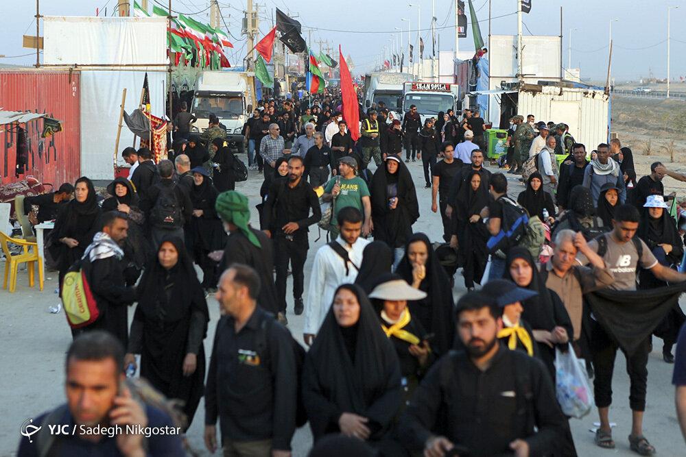 باشگاه خبرنگاران -با زائران در مرز شلمچه و چذابه/ تردد در تمام محورهای خوزستان روان است +تصاویر