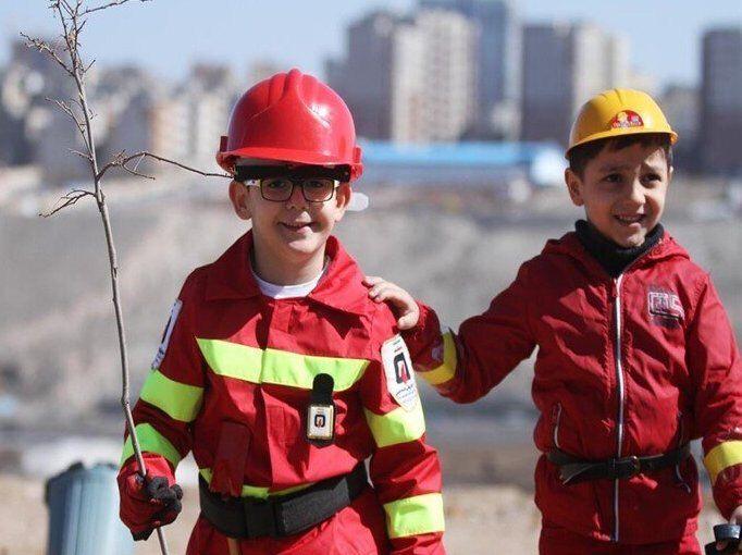 اجرای طرح «هر شهروند یک آتشنشان یار» در مدارس تبریز