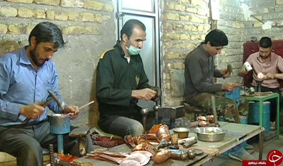 روایتی از کارگاهی کوچک با همت های بلند/ سمفونی چکش و مس در روستاهای استان زنجان هم نواخته می شود