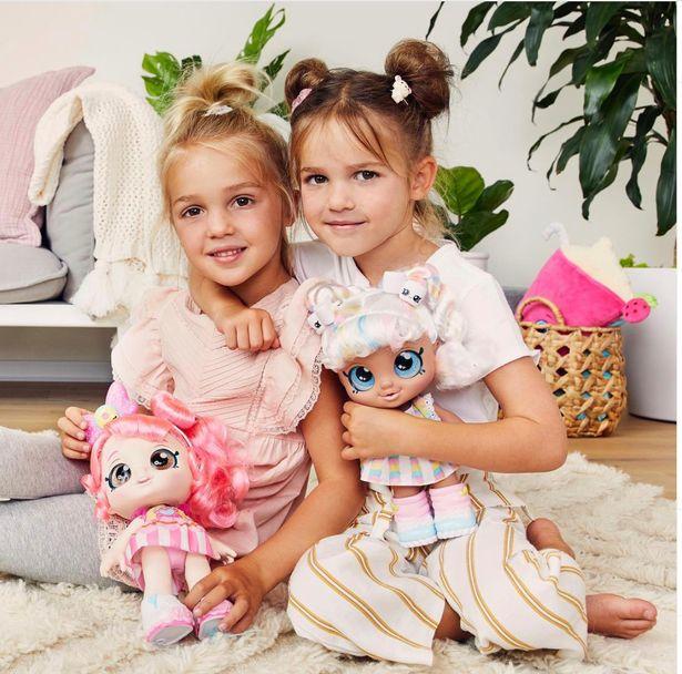 سه دختر بچه