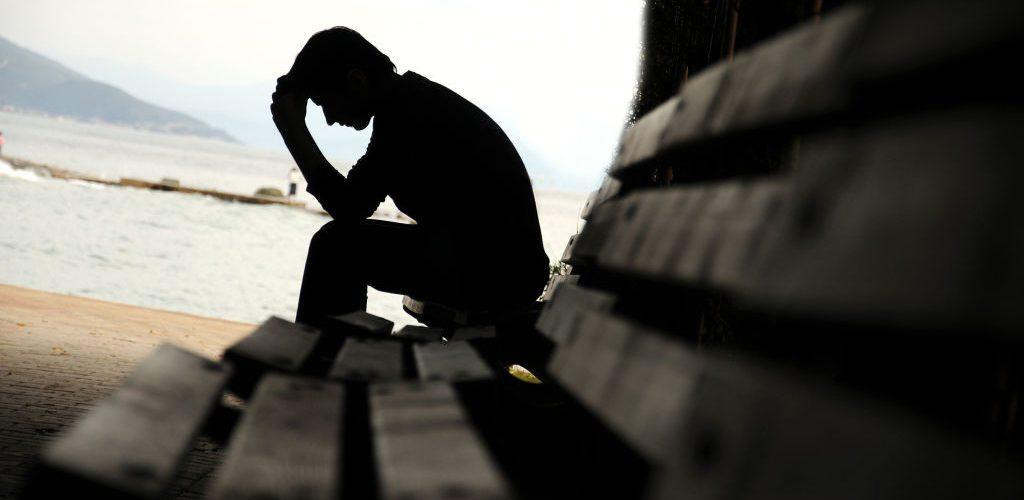 ساعت20/چگونه می توان با افسردگی فصلی مقابله کرد