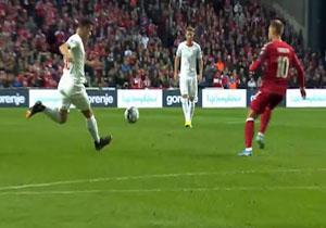 خلاصه بازی دانمارک و سوئیس در ۲۰ مهر ۹۸ + فیلم
