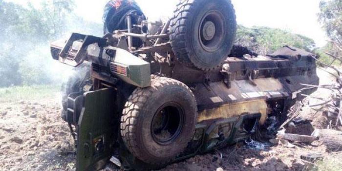 کشته شدن ۱۰ پلیس کنیایی درپی انفجار یک بمب