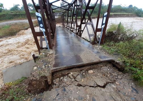 طغیان رودخانه و تخریب چند پل در گیلان + تصاویر
