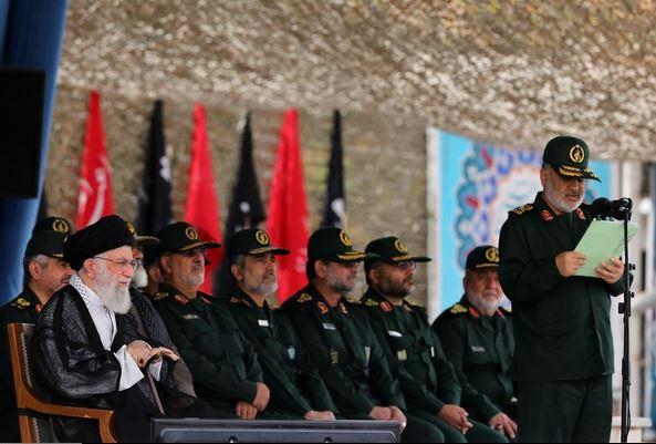 حضور فرمانده کل قوا در دانشگاه افسری و تربیت پاسداری امام حسین(ع) + تصاویر