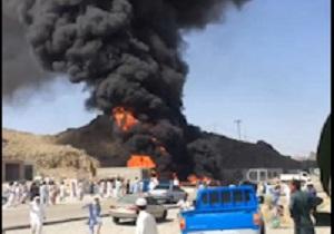 توزیع غذای نذری بین زائران اربعین حسینی/آتش گرفتن سه باب مغازه در شهرستان سرباز + فیلم و تصاویر