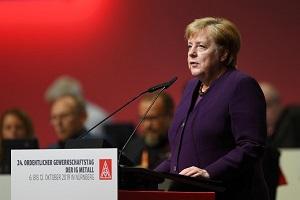 درخواست صدر اعظم آلمان برای توقف عملیات ترکیه