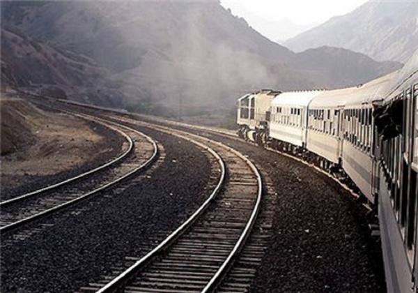 قطارهای صادراتی متوقف شدند! /عقب ماندگی چشم گیر ایران در حوزه جابه جایی بار از طریق حمل ونقل ریلی/چرخ سیر قطار ها برای جابه جایی بار کند شد