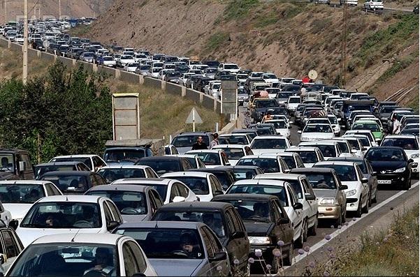 تردد زائران در محورهای مواصلاتی استان ایلام