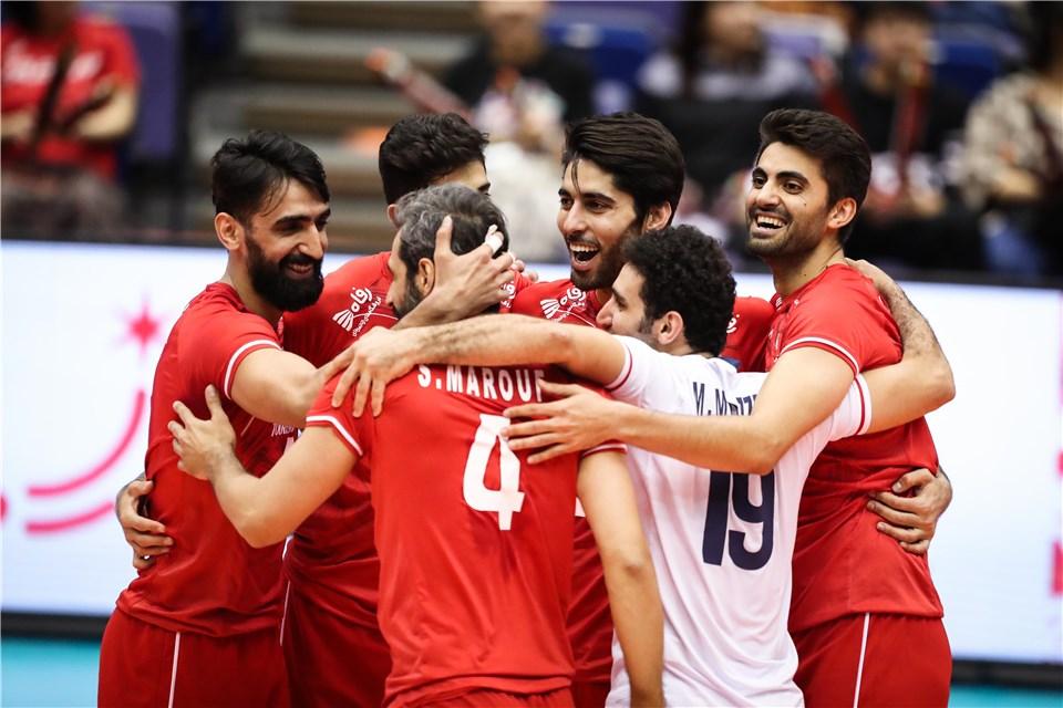تیم ملی والیبال ایران ۲ - ایتالیا ۳/ کولاکوویچ در کمای کامبک لاجوردی پوشان