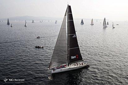 مسابقه قایقهای بادبانی در ایتالیا