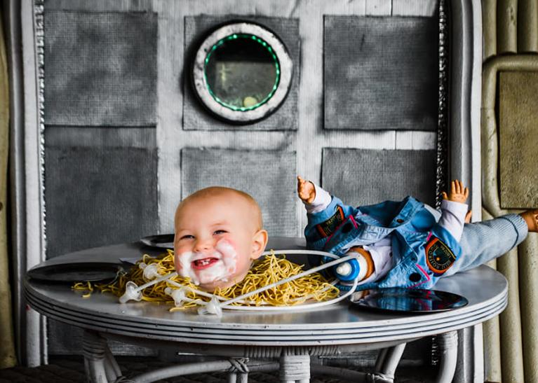 اقدام ترسناک والدین در جشن تولد فرزندشان