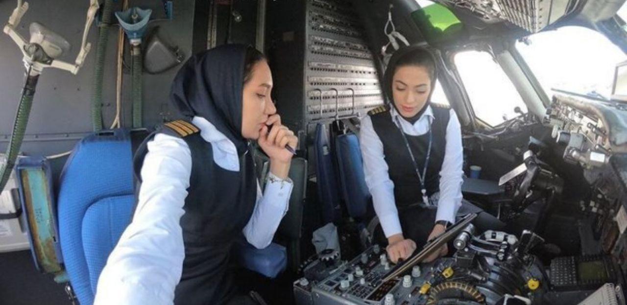 نخستین پرواز رفت و برگشت تهران_مشهد با دو خلبان زن + عکس
