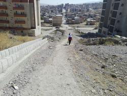 وضعیت نامناسب زیرساخت معابر مسکن مهر در ارومیه + فیلم