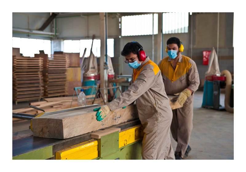 وقتی قفل شدن صادرات صنعت چوب دومینوی ورشکستگی تولیدکنندگان را دنبال میکند