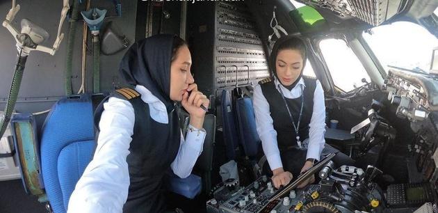 جزئیات نخستین پرواز داخلی توسط دو خلبان خانم