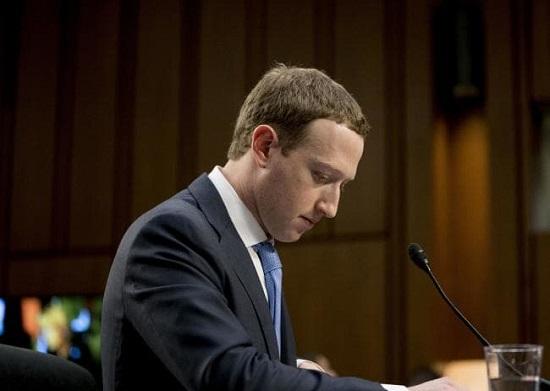 فاش شدن ملاقاتهای مخفیانه زاکربرگ سیاستمداران آمریکا، خشم کاربران فیسبوک برافروخت
