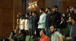 ترک جلسه برخی دانشجویان در آئین بازگشایی دانشگاهها و مراکز آموزش عالی کشور پس از اعتراض به روحانی + فیلم