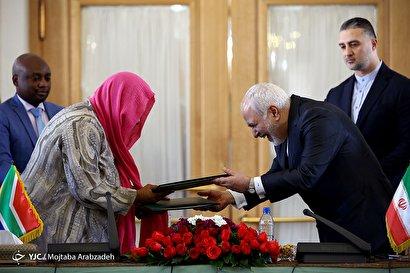دیدار ظریف با وزیر خارجه آفریقای جنوبی