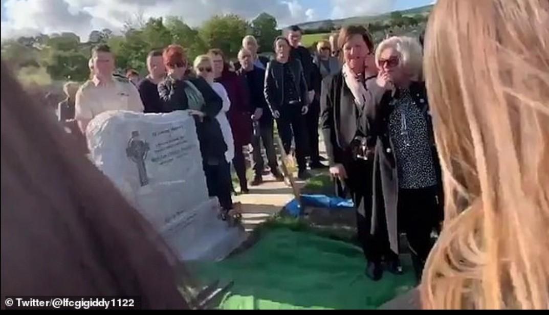 اتفاقی عجیب در یک مراسم خاکسپاری؛ مردهای که با عزاداران حرف زد + فیلم و تصاویر