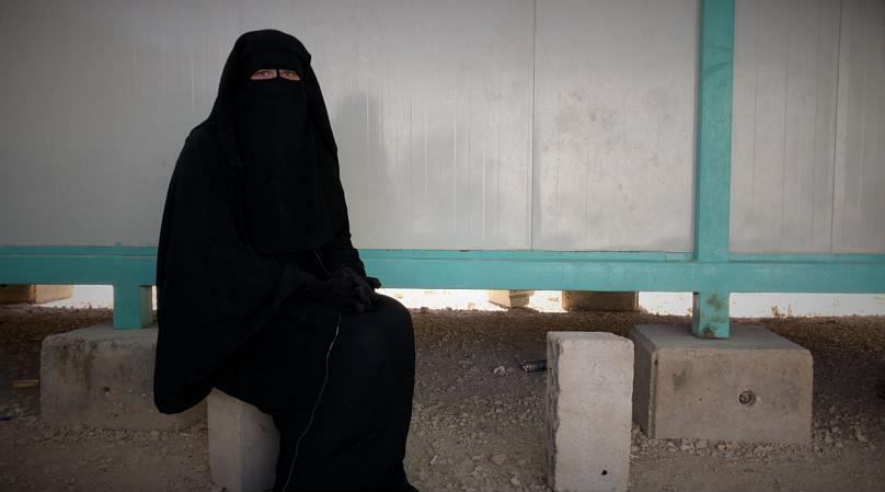 آینده مظنونان ارتباط با داعش/ از زندگی «مثل سگ» در سوریه تا زندان در اروپا
