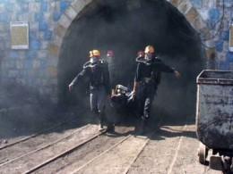 ۲ کارگر در حادثه ریزش معدن در طبس جان باختند/حادثه در زمان تونل زدن معدن رخ داده است