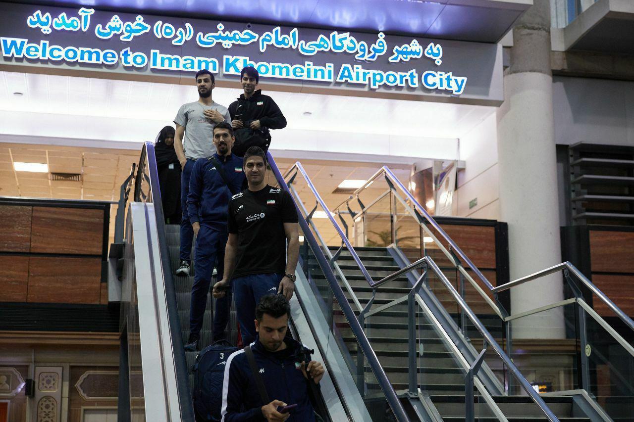 کاروان تیم ملی والیبال به تهران رسید