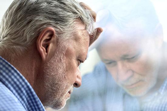 پشیمانیهای مشترکی که بعد از ۵۰ سالگی به سراغتان میآیند!