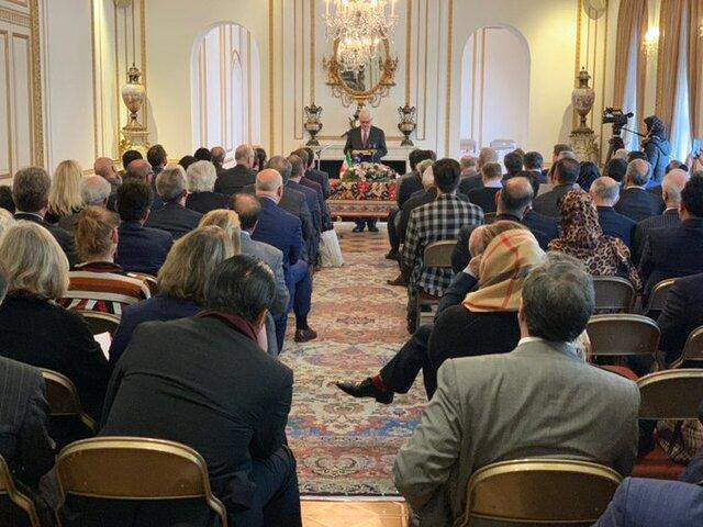 همایش فرصتها و چشم انداز روابط اقتصادی ایران و انگلیس برگزار شد