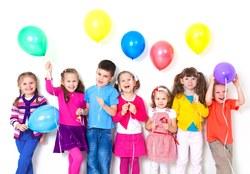 اگر میخواهید همیشه لبخند روی لب کودکتان باشد، بخوانید/ ترفندهایی که از فرزندتان فردی شاد و موفق میسازد