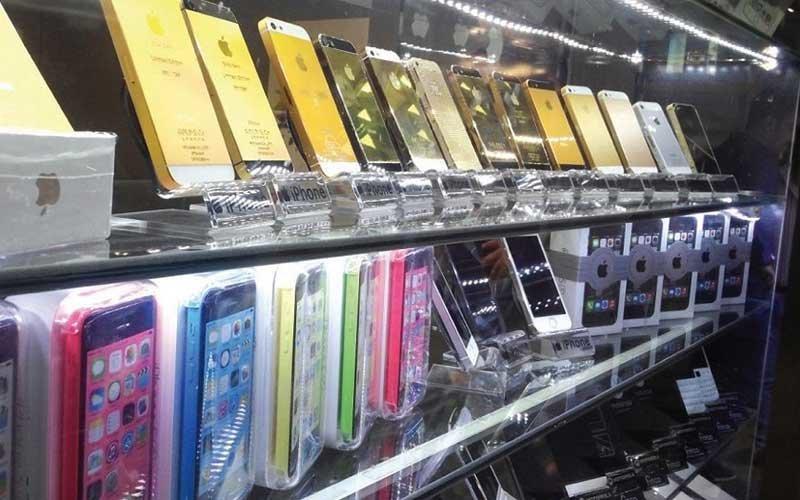 واکاوی تاثیر تصمیمات تازه بر بازار گوشی تلفن همراه / موبایل گران میشود؟